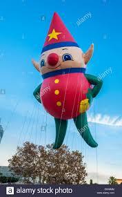 orlando thanksgiving parade elf helium balloon in the macy u0027s holiday parade at universal