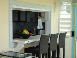 cuisine passe plat le passe plat et comptoir donne directement sur la cuisine