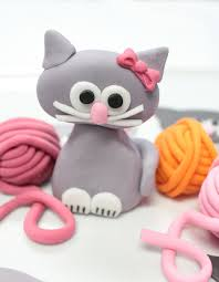 cat cake topper awesome etsy find fondant cake toppers by sugar and stripes co