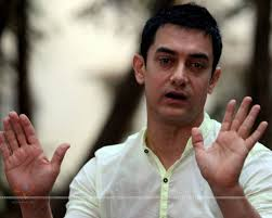 Aamir Khan Home Wife Suggested We Leave India Aamir Khan The Express Tribune