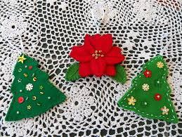 felt christmas ornaments 11 felt christmas ornaments to make allfreechristmascrafts
