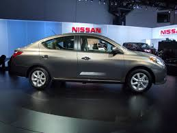old nissan versa video walkaround of nissan u0027s new versa sedan