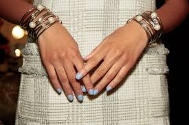 How To Decorate Nails At Home How To Paint Your Own Nails Without Making A Complete Mess Glamour