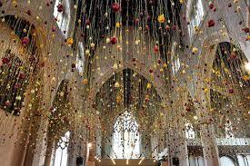 hanging flower installations by rebecca louise law u2013 booooooom
