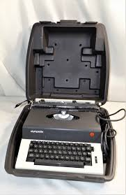 vintage olympia olympiette electric typewriter model sep with case