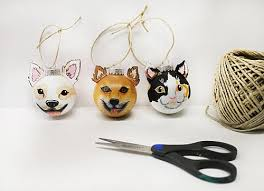 painted pet ornaments project by decoart