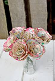 How To Make Home Decorations by How To Make Simple But Beautiful Map Roses Gift Flowers