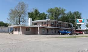 Blind Tiger Topeka Pointer Apartments Rentals Topeka Ks Apartments Com
