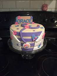 46 best doc mcstuffins cake images on pinterest doc mcstuffins