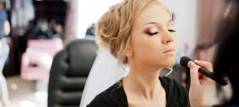 makeup artistry schools introduction programme to becoming a makeup artist tailored