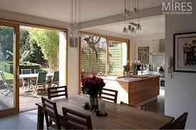 cuisine sejour séjour cuisine ouvert sur le jardin c0699 mires