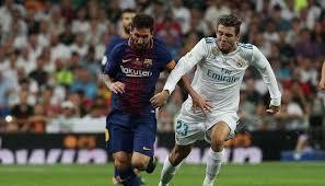 Lionel Messi Leg Lionel Messi On Lionel Messi Read Breaking On