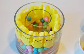 Easter Table Decorations With Jelly Beans by Glamvolution Easter Centerpiece Tulips Peeps U0026 Jelly Beans