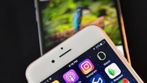 siege social mobile instagram snapchat how social media