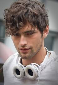 boys wavy hairstyles 12 cool hairstyles for men with wavy hair