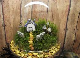 tiny gardens make a terrarium to decorate your home how ornament my eden