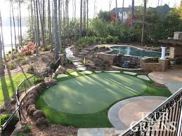 Building A Backyard Putting Green Best 25 Backyard Putting Green Ideas On Pinterest Outdoor