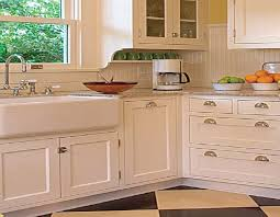 Renovating Kitchen Cabinets Best 25 1920s Kitchen Ideas On Pinterest 1920s House Bungalow