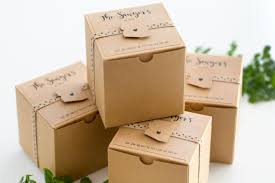 wedding gift delivery wedding gift box idea by partyography on the day