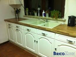 peindre armoire de cuisine en chene repeindre cuisine en bois charmant cuisine repeinte en