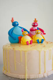 twirlywoos birthday cake little paper swans