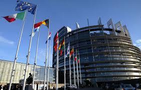 siege europeen le siège du parlement européen à strasbourg dans le collimateur