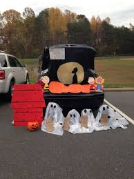 decor trunk or treat ideas for decorating with the theme of horror
