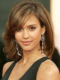 pictures on great medium length hairstyles cute hairstyles for