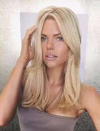 hair extensions for bob haircuts sophie monk shows off her bob haircut as she cuts her long hair