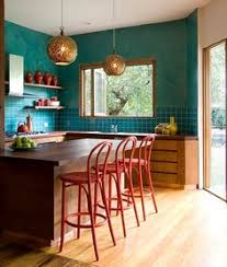 how to pick a perfect paint color for a low light room