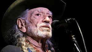 willie nelson fan page world news guru willie nelson looks angry when he walks off stage
