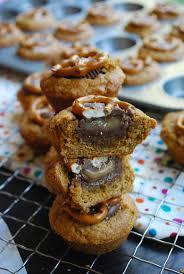 best 25 pretzel rolo m m ideas on pinterest