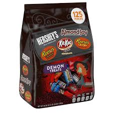 gourmet halloween chocolate amazon com hershey u0027s halloween demon treats snack size