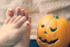 simple and quick halloween candy corn nail design youtube
