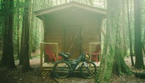 tiny houses you can rent for the night outside online