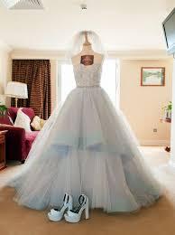 sell my wedding dress 228 best wedding images on wedding hair bridal hair