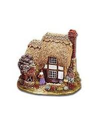 i think the lilliput ornaments are just the cutest things