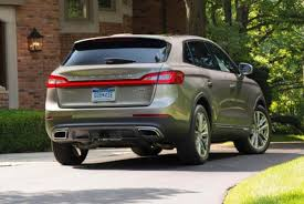 lexus lincoln 2016 lexus rx vs 2016 lincoln mkx which is better autotrader