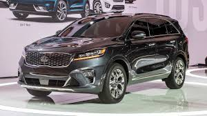 car ads 2017 2019 kia sorento la 2017 photo gallery autoblog