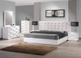 Fitted Oak Bedroom Furniture Cosmopolitan The Ultimate In Modern Fitted Bedroom Furniture White