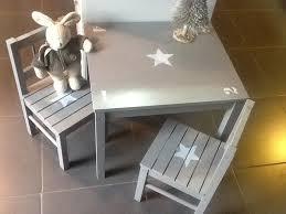 m chaises meuble ensemble table et 2 chaises en bois pour enfants patiné taupe