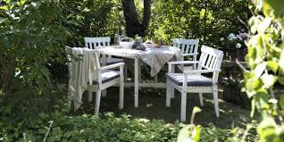 How To Clean Wicker Patio Furniture - how to clean rattan garden furniture