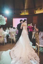 142 best wedding dress images on pinterest wedding dressses