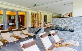 Individuelle K Hen Hotel Kornock