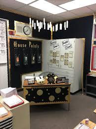 harry potter desk decor 18 harry potter themed classrooms that ll blow you away bored teachers