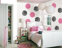 Bedroom Ideas For Teenage Girls Black And White Amusing Teenage Bedroom Design With Black Pink Circle Pattern