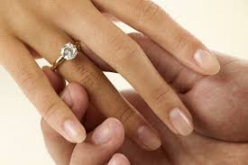 wedding rings in a brief history of wedding rings and why they re universally worn