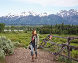 Wyoming travel jackets images Where to stay what to wear in jackson hole travel jpg