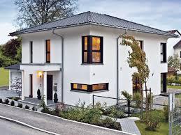 Traumhaus Kaufen Extravagante Stadtvilla Mit Garten Und Langer Zufahrt Haus