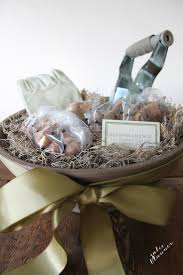 Gift Ideas For Housewarming by Gardening Gift Basket Housewarming Gift